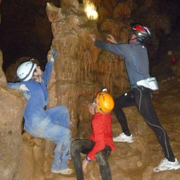 Cova d'Anes - espeleologia - guies la vall